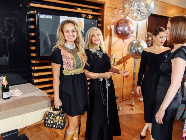 Марина Дебошир с дочерью модным блогером Аннет Melannett