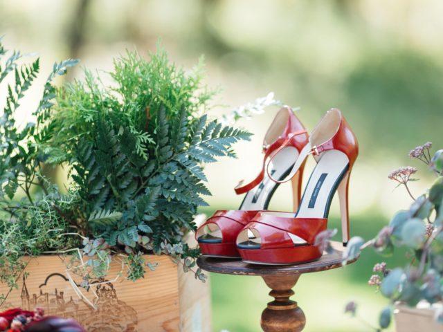 Красные туфли невесты