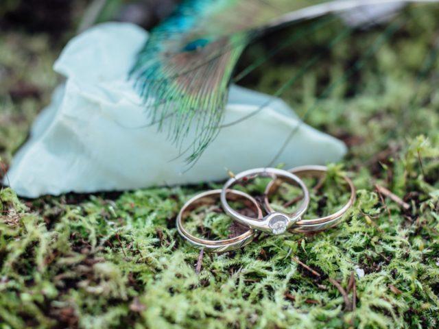 Продуманная фотосессия свадебных колец