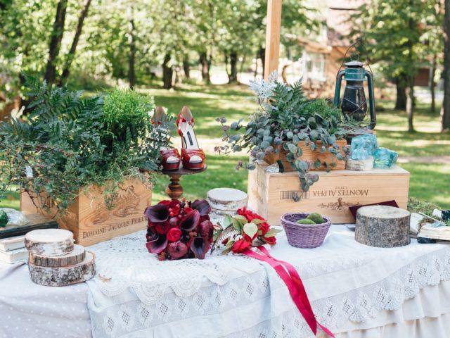 Элементы свадебного формления в фуршетной зоне