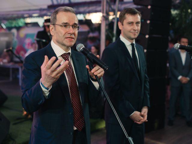 Президент Ассоциации Менеджеров Дмитрий Зеленин, и Вячеслав Евсеев, исполнительный директор Ассоциации Менеджеров