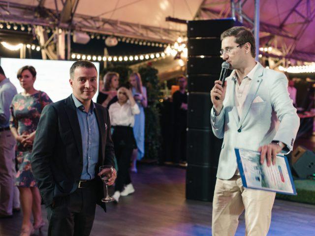 Интерактивные диалоги с гостями корпоративной вечеринки
