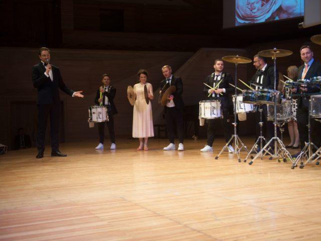 Проведение барабанного мастер класса на Юбилее компании