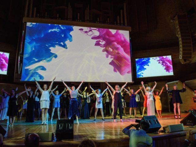 Танцевальный флешмоб гостей с шоу балетом Rush